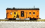 USA Trains G Scale 3 Pack of Halloween Cars 18300-19120-19121